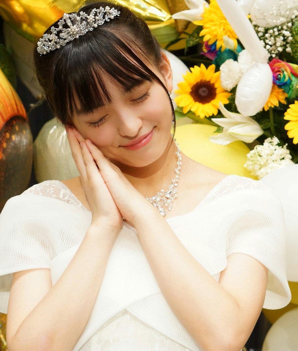 お姫様のような清井咲希