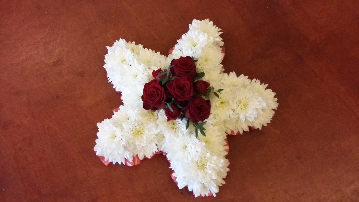 Cottonbuds florist cottonbudsnn4 twitter funeral tributes funeralsheep funeralspecialist funeralflowersnorthampton funeraltribute funeralstar funeralkisses nn4flowerspicitter izmirmasajfo