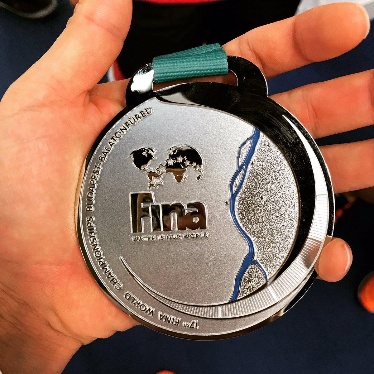 50m背泳ぎでは銀メダルでした。 悔しいですが受け止めて、次回大会では金メダルの獲得を目指します。 たくさんの応援ありがとうございました。 https://t.co/NgozdM3bGw