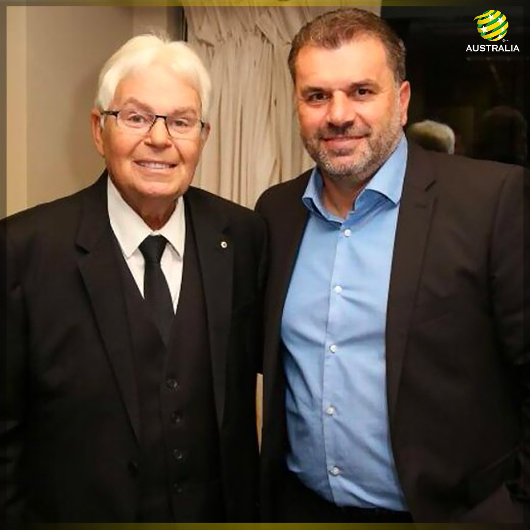We are deeply saddened to learn of the passing of Les Murray. He has a left a lasting legacy. #RIPLesMurray https://t.co/JVwUYkW5nk