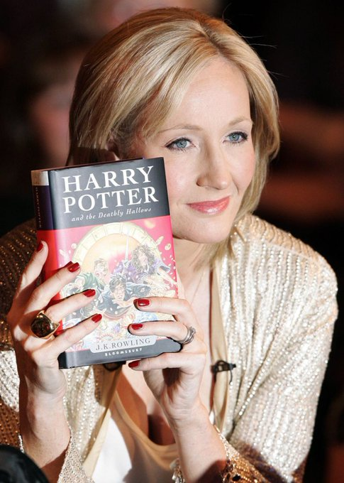 Happy Birthday to J.K. Rowling who turns 52 today!