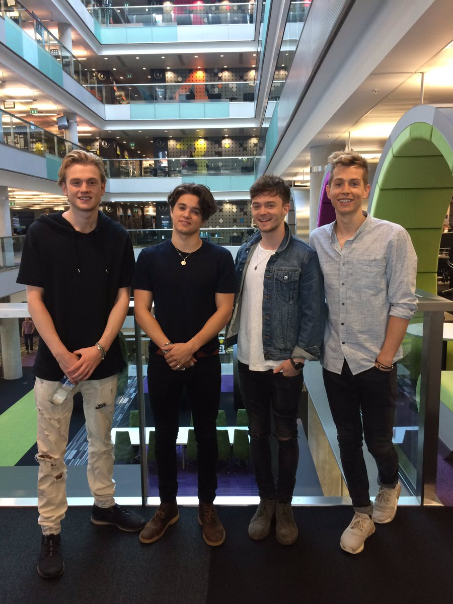 This morning we said hello to these cheeky chaps, @TheVampsband, and heard all about new album Night & Day!