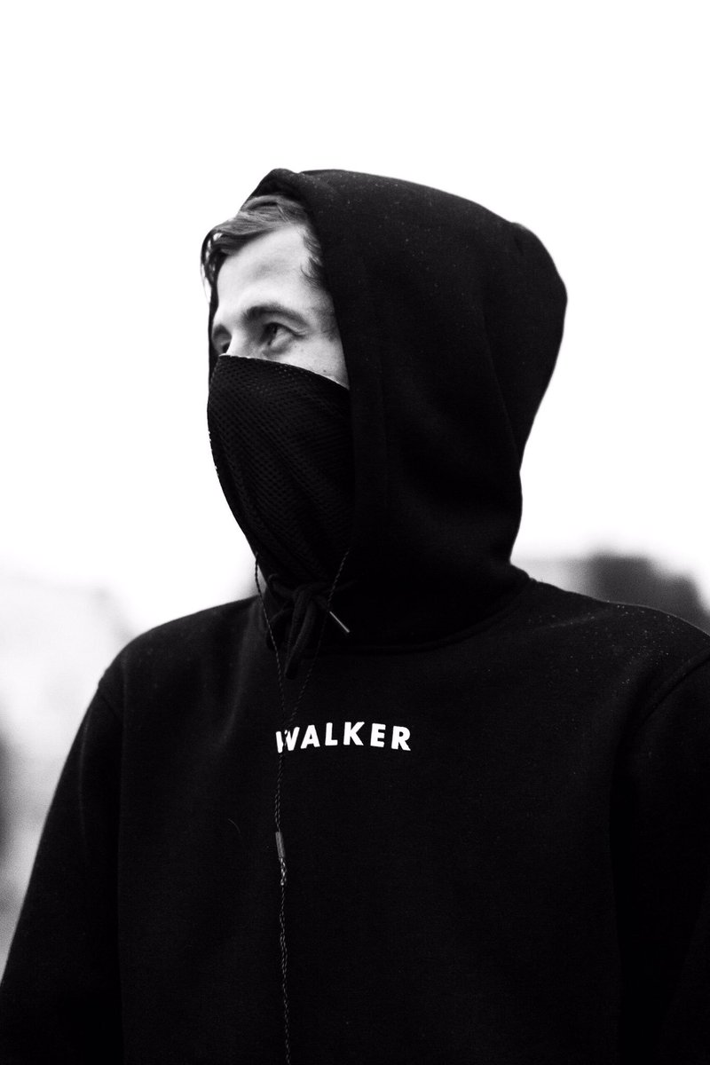 "Alan Walker on Twitter: ""W A L K E R https://t.co/Js4o3yFFGm"" Caspar Lee Wallpaper Tumblr"