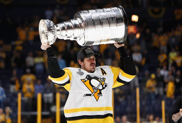 Happy 31st Birthday to Evgeni Malkin!