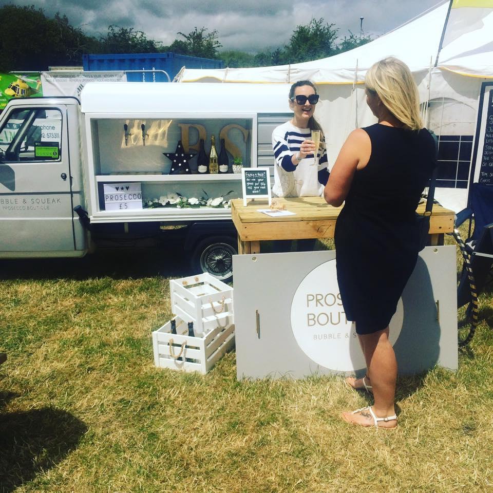 Who else is loving festival season? Our #Prosecco Boutique certainly is!#Dorsethour #festival #eventorganiser #corporate #wedding #mobilebar<br>http://pic.twitter.com/TKzBv5cSxt