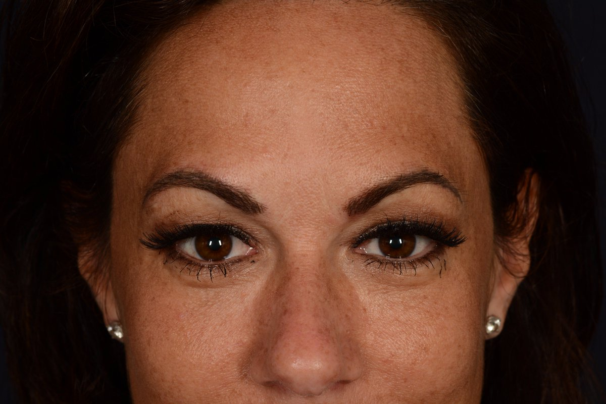 Danielle Serino On Twitter Say Goodbye 2 Penciled In Eyebrows