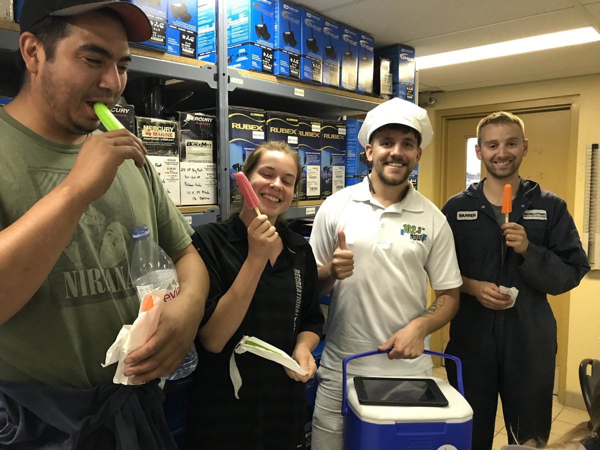 #HappyMonday, #YEG! Thanks @NOWBttrRpplSeth and @NOWtrucksicle for stopping by the shop! #GreatStartToTheWeek <br>http://pic.twitter.com/64CBg4fiPu