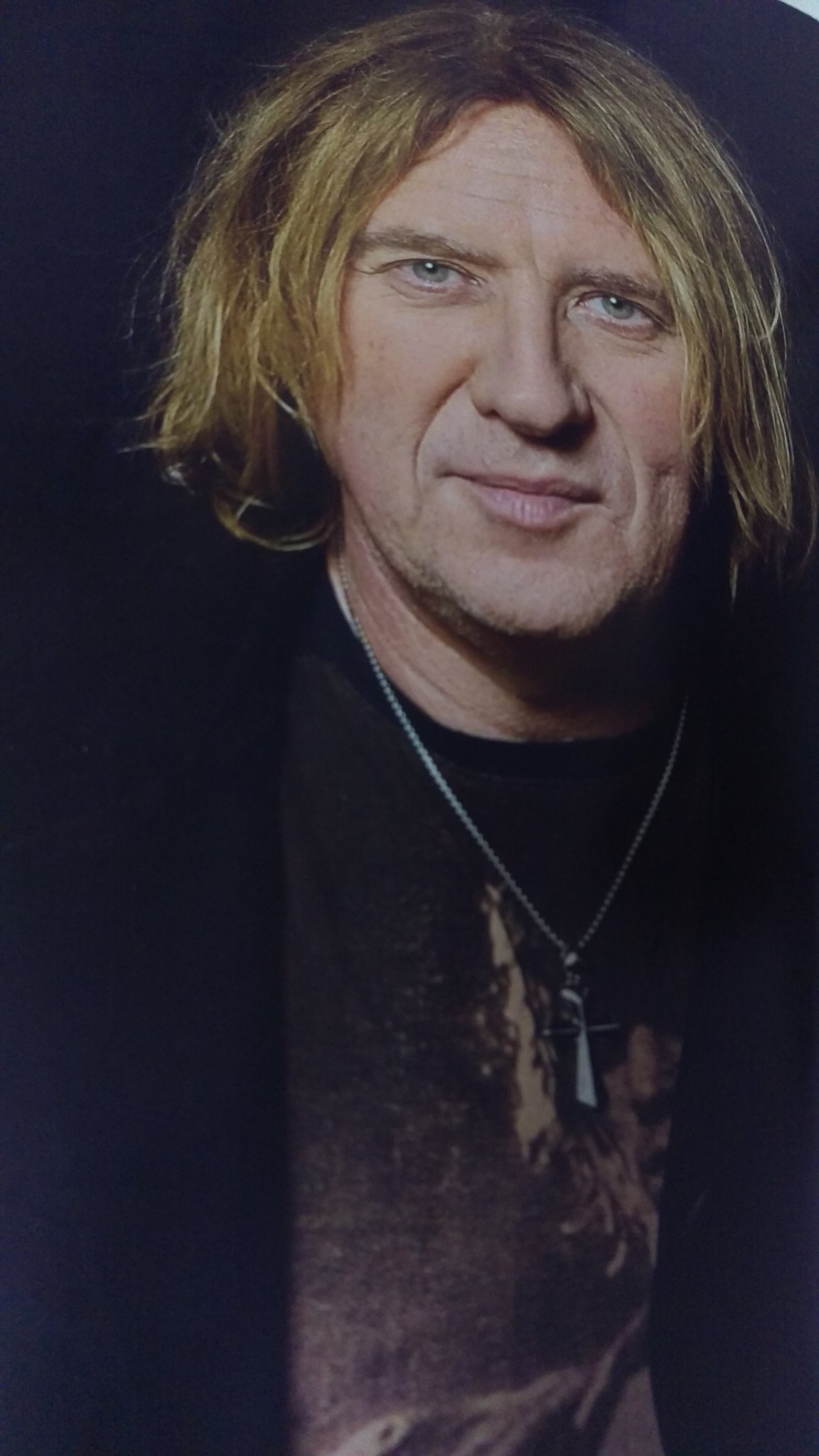 Happy birthday Joe Elliott