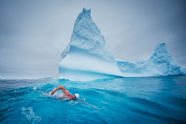 Replying to @LewisPugh: I've received lots of questions about how I'm able to swim in the Arctic. Read this thread >