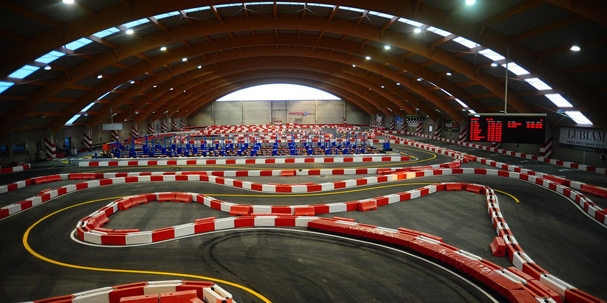 Resultado de imagen de indoor karting barcelona