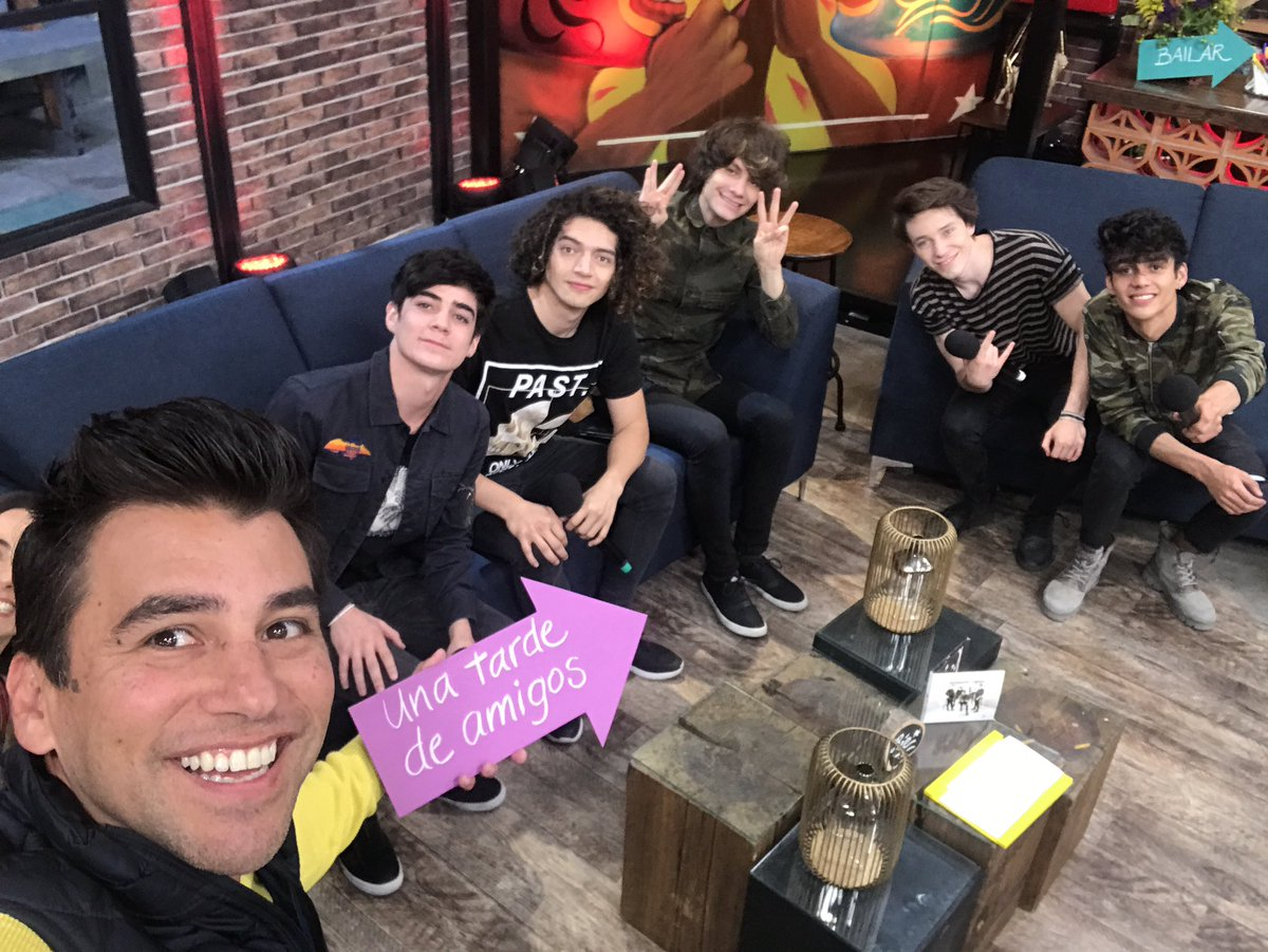 Ya llegó @CD9 #Cd9EnSaleElSol https://t.co/6mP3wzmBc9