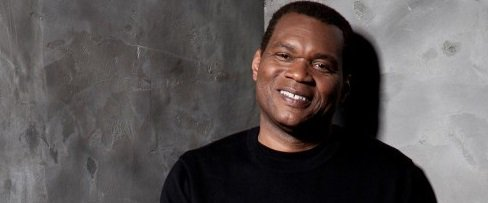 Happy Birthday to blues guitarist and singer Robert Cray (born August 1, 1953).