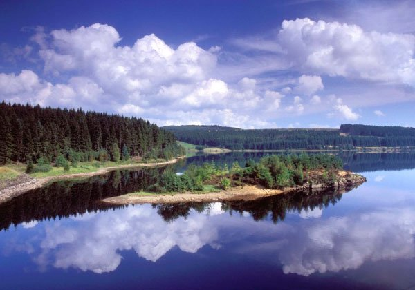 Kielder Water holds 200 billion litres of water, making it the largest artificial reservoir in the UK #WaterFacts