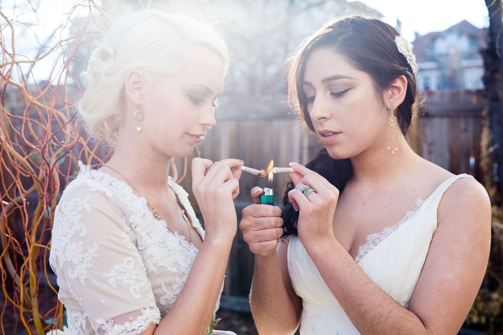 From bud bouquets to cannabis open bars, legal weed is now a part of weddings https://t.co/wZ5VPEXKJ9