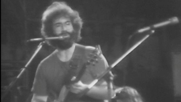 "Happy Birthday, Jerry Garcia: Watch \""Scarlet Begonias\"" From 1976"