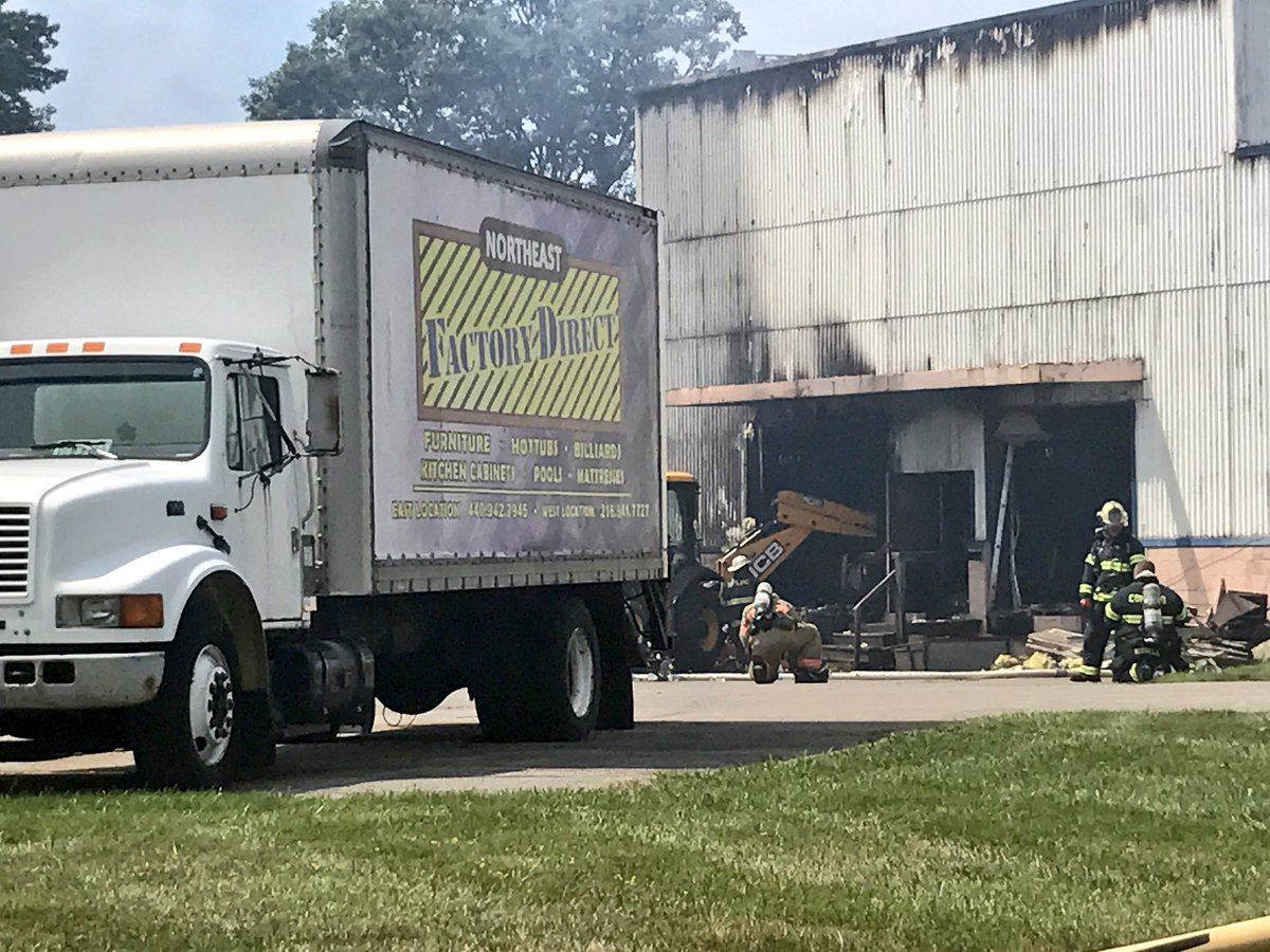 3 Alarm Fire At Northeast Factory Direct Furniture In Eastlake Started Warehouse