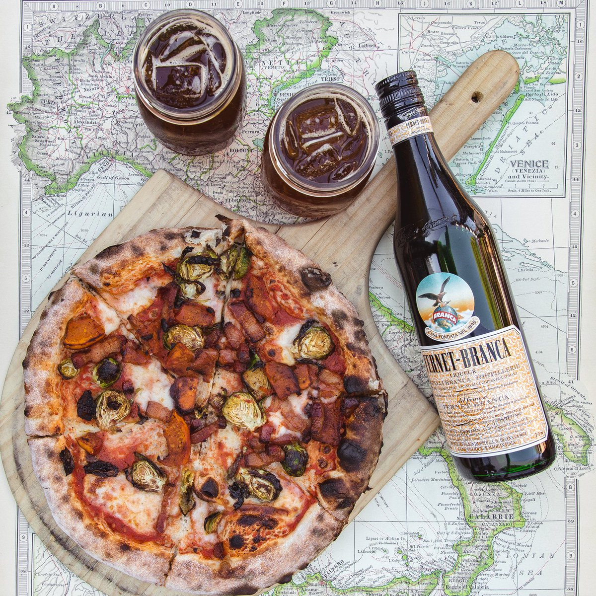 You can't buy happiness, but you can buy @FernetBranca and pizza. https://t.co/v2wTyG8jHU