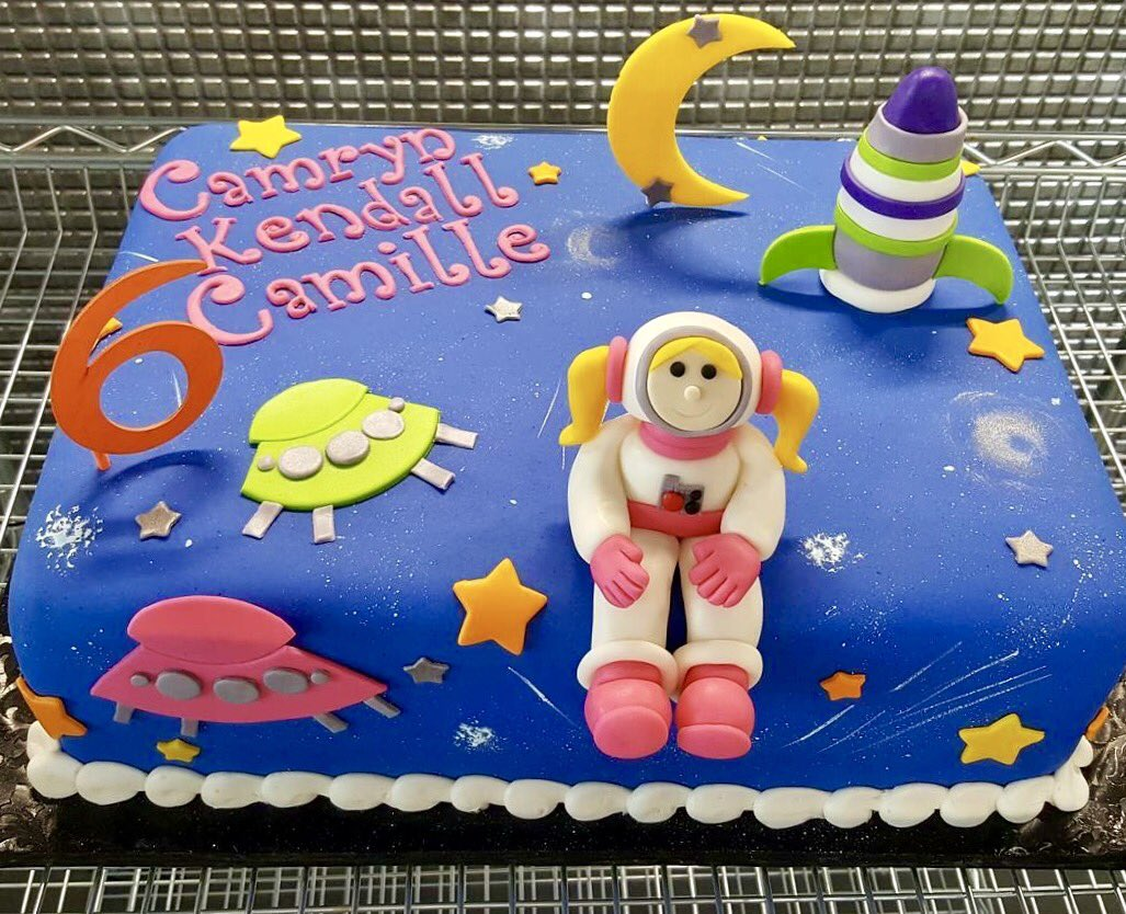 Galaxy Fun Park On Twitter How Cool Is This Glow In The Dark Cake