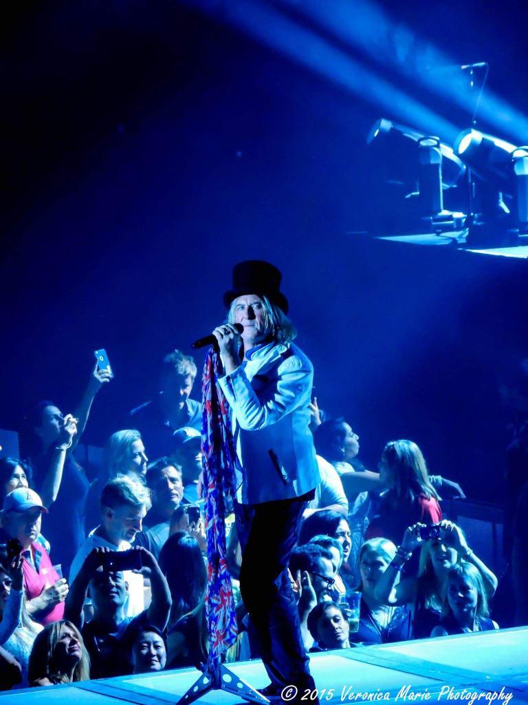 Happy Birthday Joe Elliott of Rock, rock til you drop!!