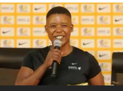 Portia Modise  1st African player to score 100 international goals,but no media hype around her &amp; no ads,no #endorsements  #WomensMonth<br>http://pic.twitter.com/tWBhY30wdE