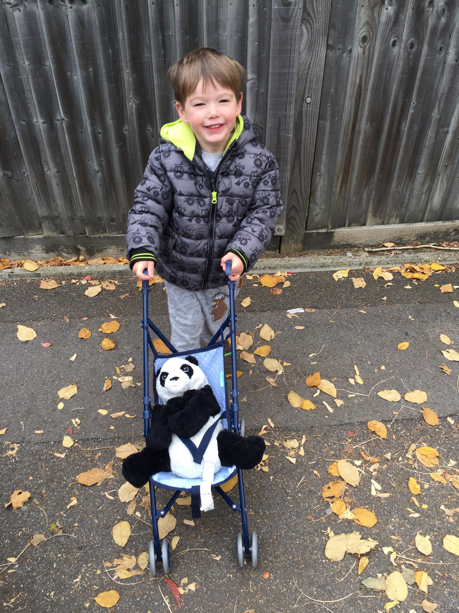 @LetToysBeToys @SilverCross_UK @playlikemum My son is happy to #playlikedad and looks after his panda like it's a baby 🐼 https://t.co/vOKFflVqfq