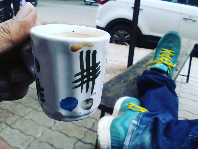#amdavad ni kitli par varsothi hashtag wala cup mojud che. argumantative kitli. https://t.co/kMAGiYyBiK