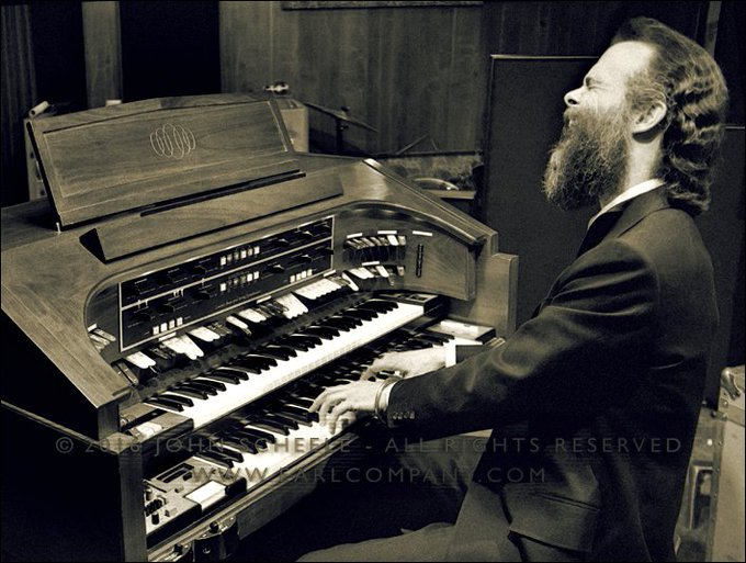 Garth Hudson of THE BAND is 80years old today. He was born on 2 August 1937 Happy birthday Garth!