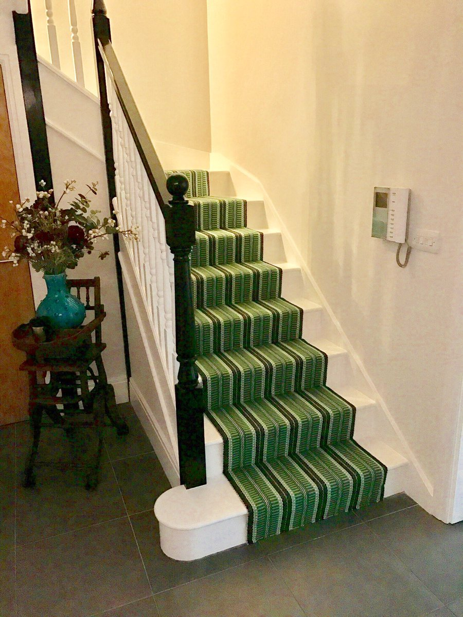 Beautiful @Roger_OatesUK Masai Emerald making a majestic statement in this London townhouse #shoplocal  #dulwich #blackheath #stairrunners
