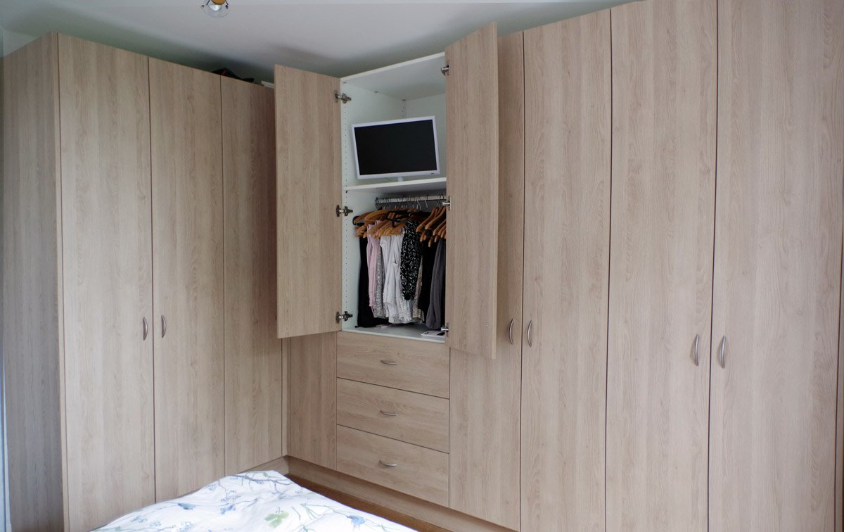 treppenunterschrank swalif. Black Bedroom Furniture Sets. Home Design Ideas