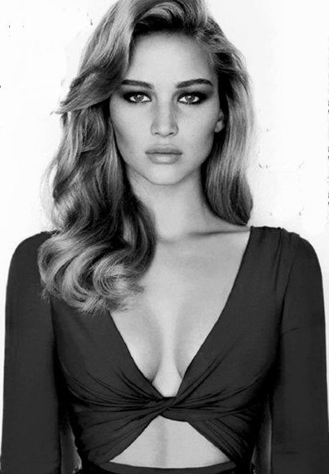 Happy birthday to the GORGE Jennifer Lawrence