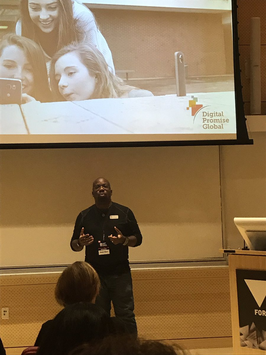 .@global_nomads sharing great examples of #VR through their Digital Promise Global program. So GREAT! #g4c2017 #g4c17 #STEM #GlobalEd<br>http://pic.twitter.com/2sw9lxU5kP