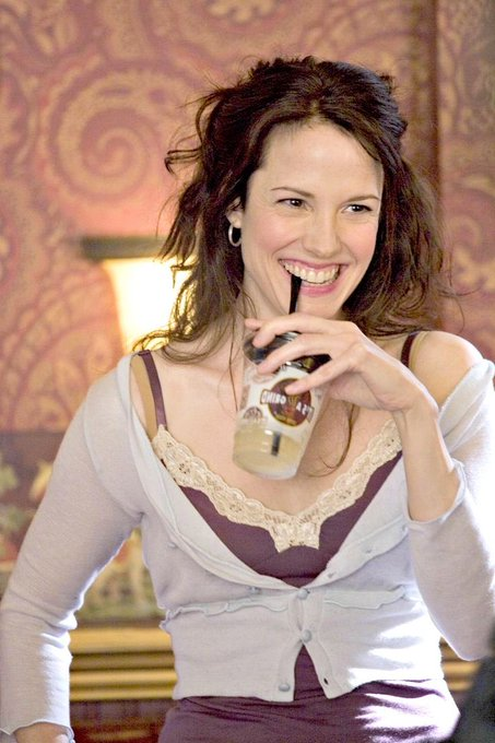 Happy birthday Mary Louise Parker!