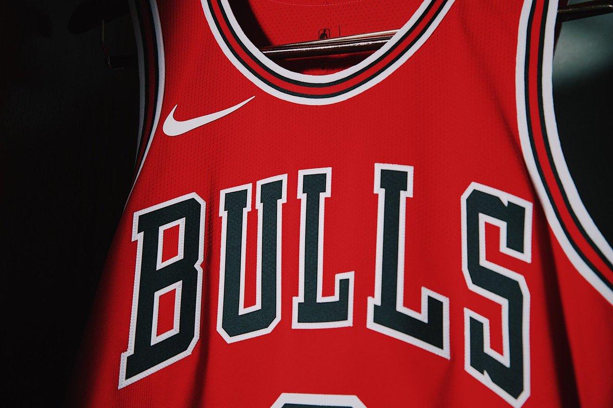 Chicago Bulls presentó sus camisetas Nike para la temporada 2017/18