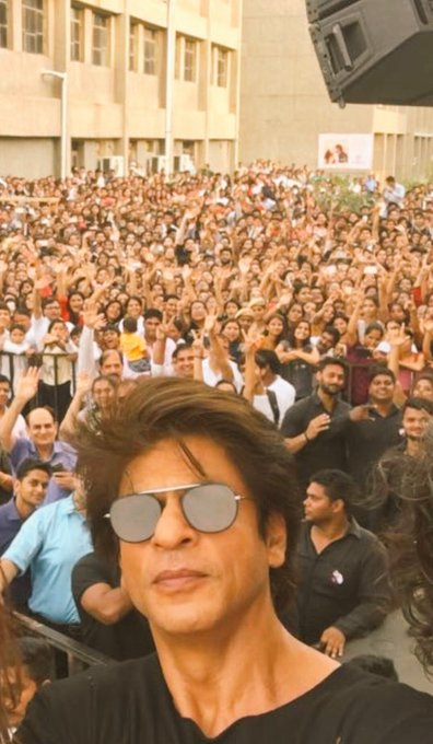 Thk u Meri Dilli & SGT for so much love. Sorry couldn't finish sum of the interviews wil come back soon…& do. them. https://t.co/Glt1tdh0Lp