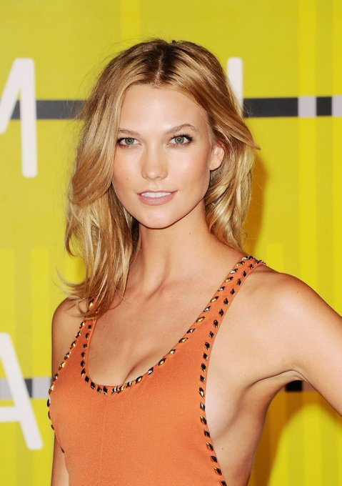 Happy 25th Birthday to the very beautiful Karlie Kloss