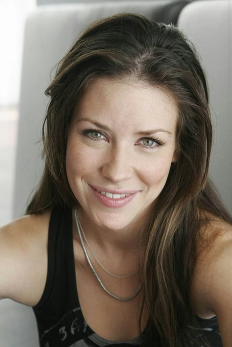 Happy Birthday To A Great Actress Evangeline Lilly!!