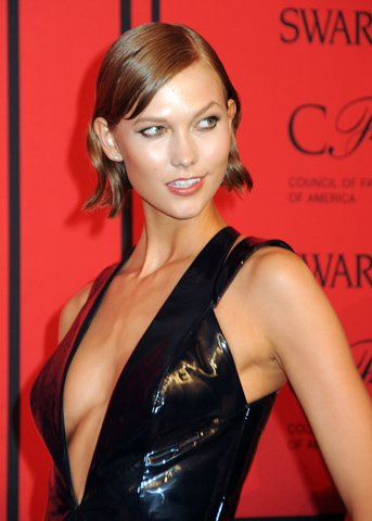 Happy Birthday Wishes to this Lovely Lady Karlie Kloss!!!