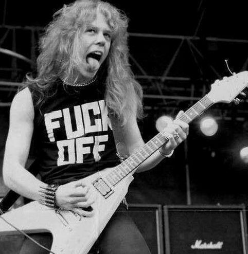 Happy Birthday to the man that made me pick up my first guitar... Mr. James Hetfield! Stay rockin\ old man