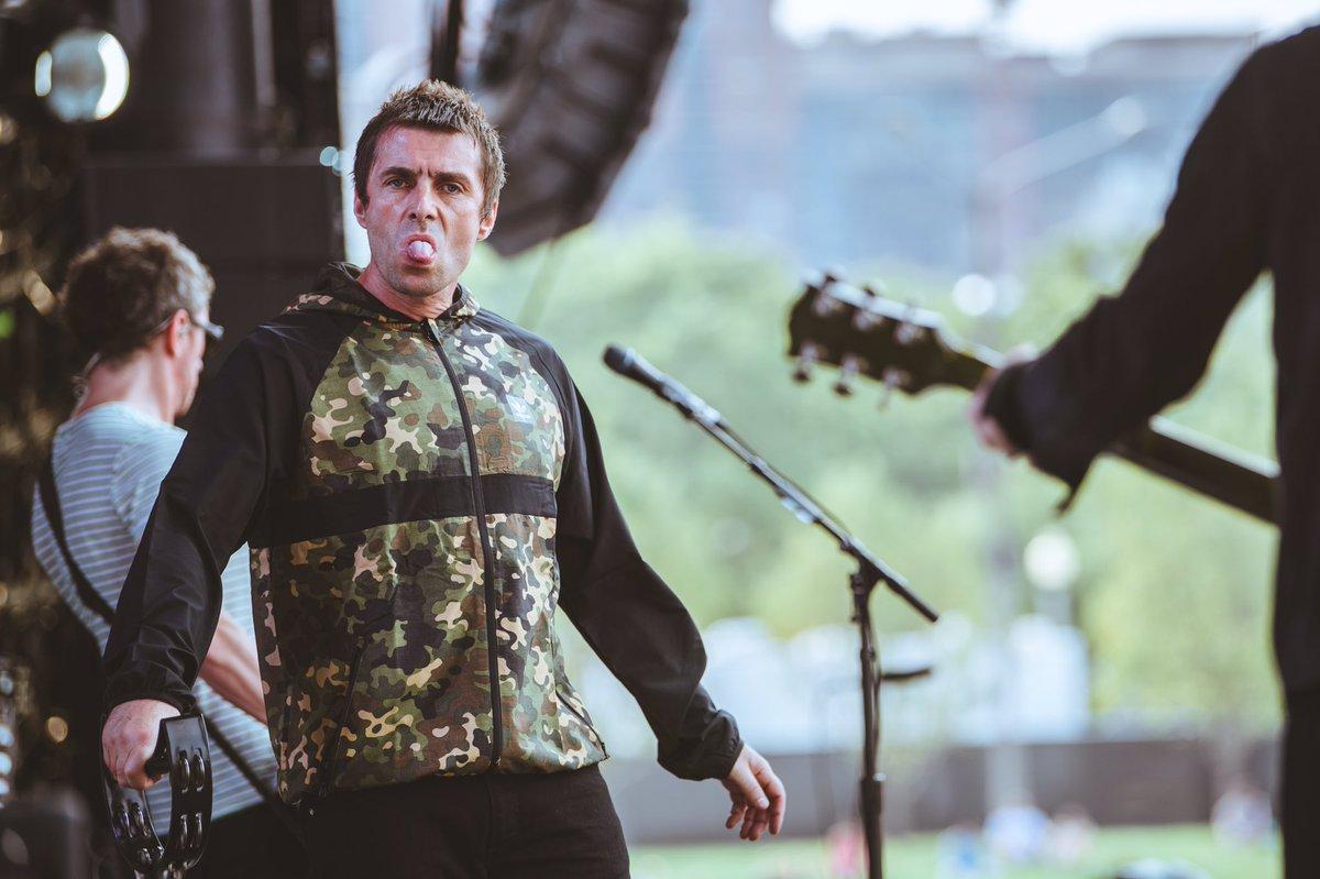 Liam Gallagher terminó su presentación en Lollapalooza después de tres canciones