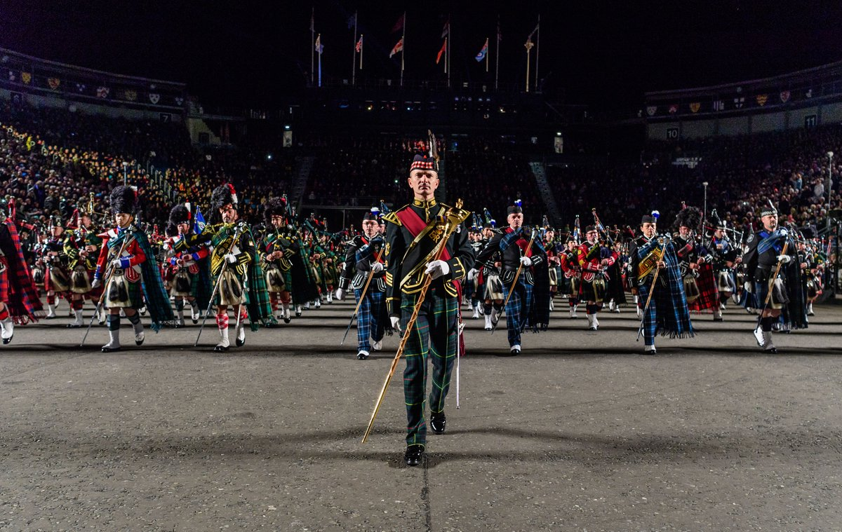 British army on twitter the world renowned royal for Royal edinburgh military tattoo