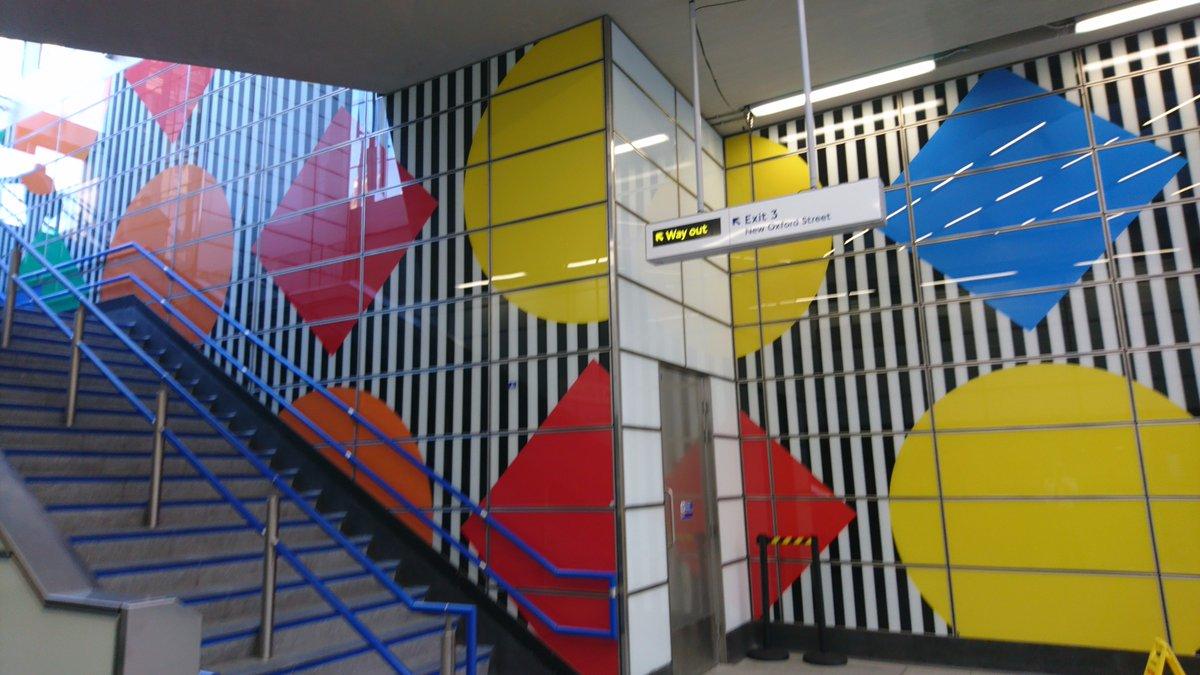 John Chapman On Twitter Diamonds And Circles Works In Situ Daniel Buren Contemporary Art Of Geometric Patterns Aotulondon Tottenham Court Road Station Aotu Https T Co Fyox0athyj