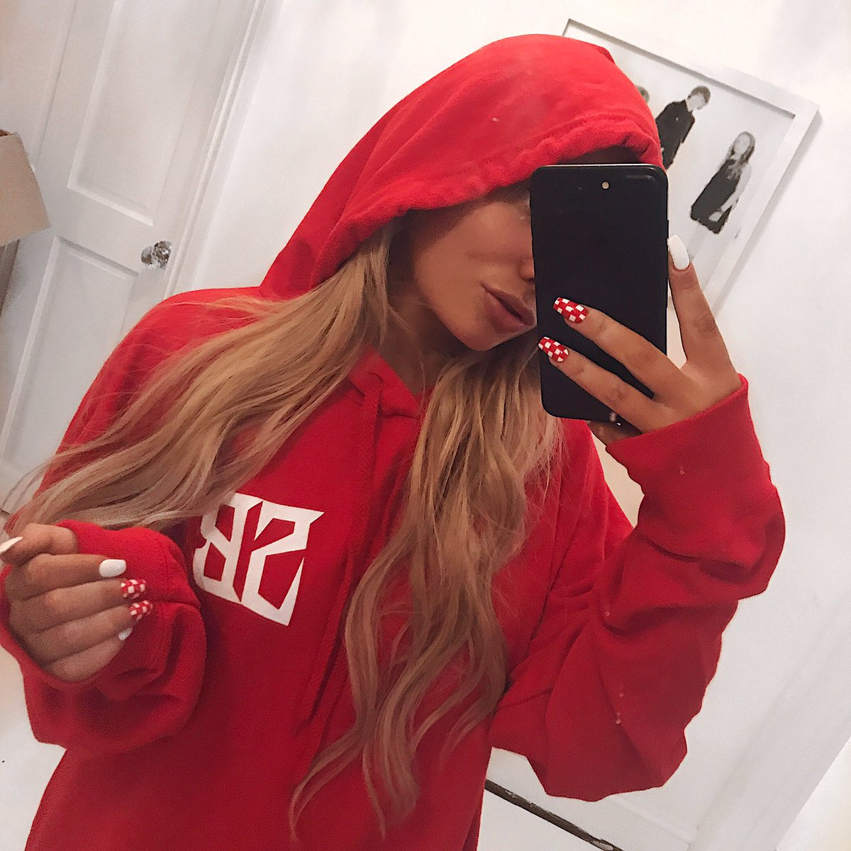 saffronbarker on twitter obsessing w my new merch. Black Bedroom Furniture Sets. Home Design Ideas