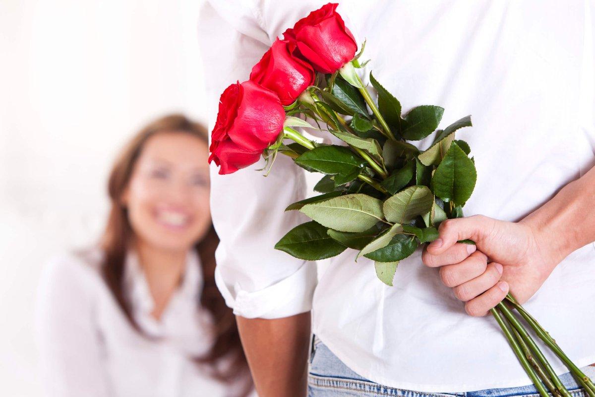 Розы купить, во сне дарить цветы жене