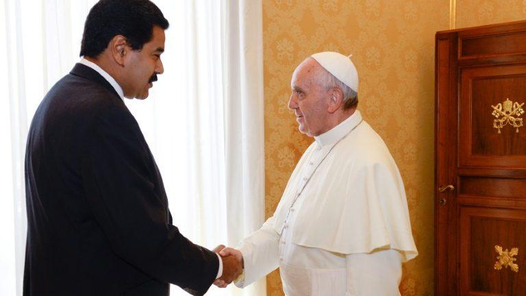 Vaticano pede que se 'evite ou suspenda' Assembleia Constituinte na Venezuela https://t.co/s30AlPhyh1