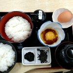 TKG!TKG!ご飯とご飯と生卵と生卵それが「卵かけご飯定食」だッ!