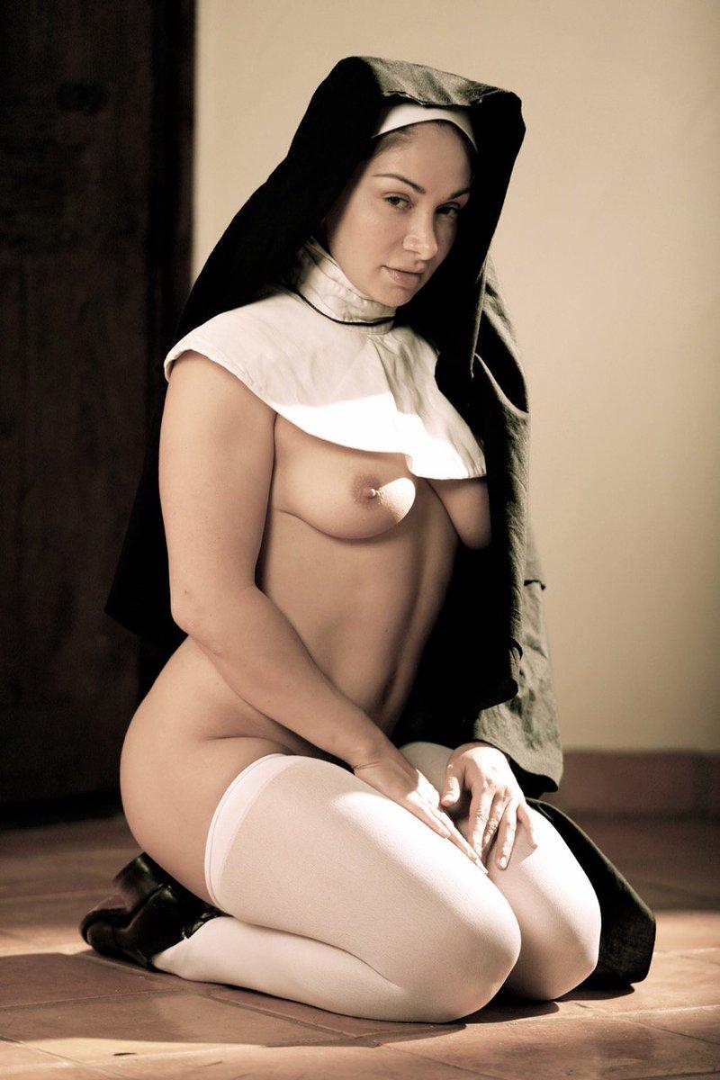 Italian novice nun naked pictures — photo 14