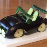 これは素晴らしい!お盆なので車好きだった父に野菜で車を作ってみた!