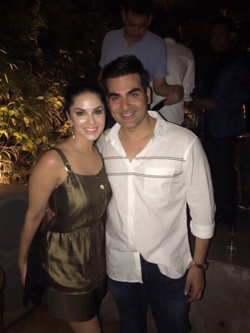 Happy happy birthday @arbaazSkhan  it was so nice to see you tonight! God Bless and may all your dreams come true! https://t.co/iO5FLTRaP4