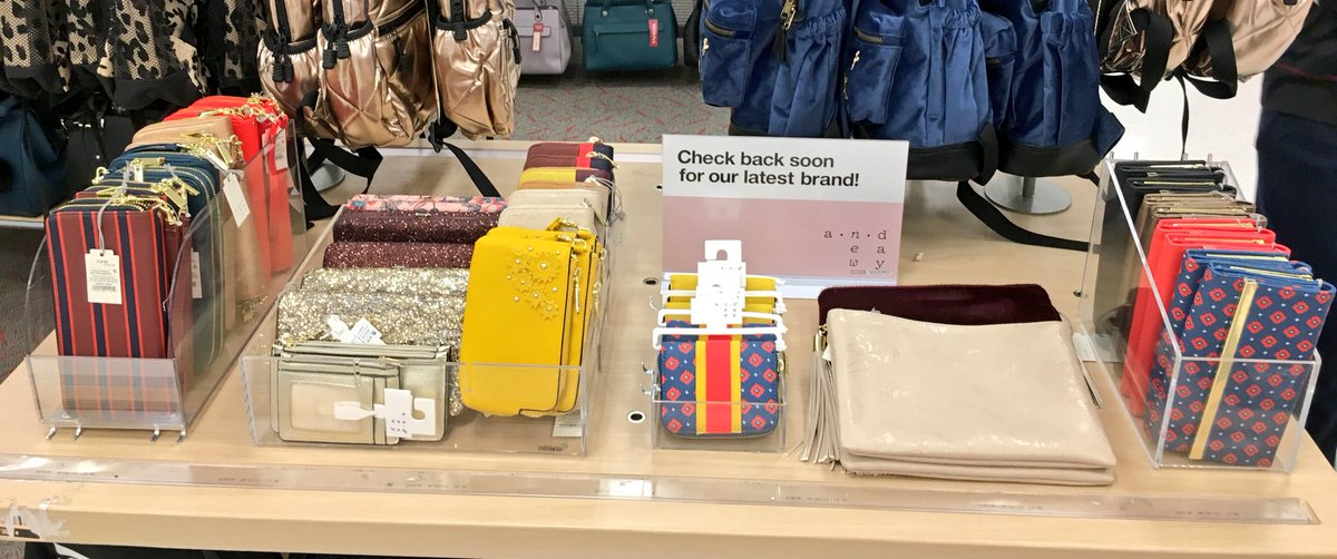 Loving these NEW #ANewDay wallets and wristlets! #drivingsales #G192ElevatingAccessories #T1888 #vmtl #readyfortheweekend #brandlaunch<br>http://pic.twitter.com/ax9raWQ0qV