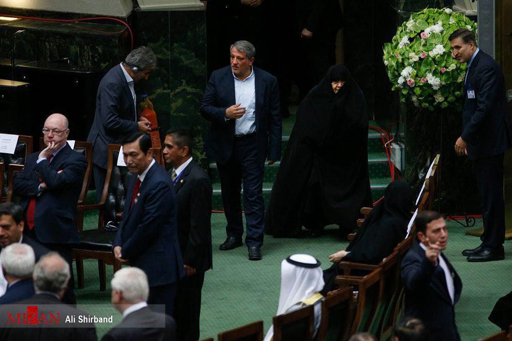 Wife &amp; son of late Ayatollah Hashemi #Rafsanjani are attending the inauguration ceremony of #Iran&#39;s president.<br>http://pic.twitter.com/dbxjo9G6W9